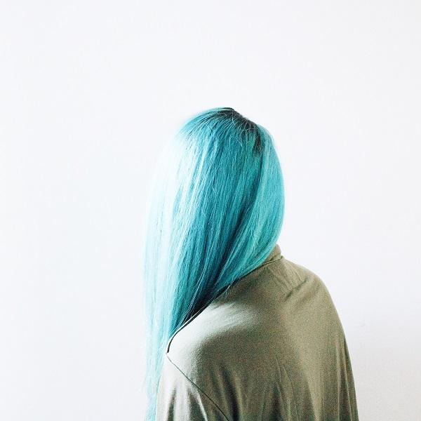 planchar-el-cabello-despues-del-tinte