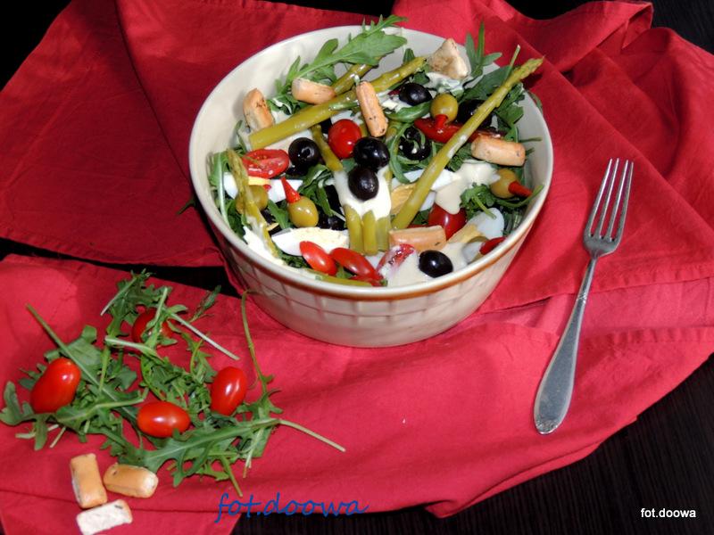 Salatka Ze Szparagow Oliwek Rukoli Po Portugalsku Moje Male