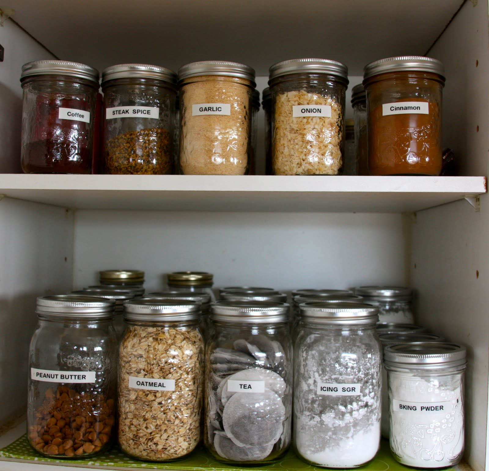 That Country Place Organizing The Pantry With Mason Jars
