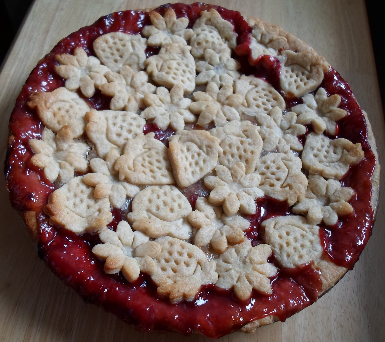 Happier Than A Pig In Mud: A Berry Peachy Pie From Frozen