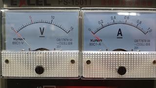 Skala Tegangan dan arus pada DC Power supply