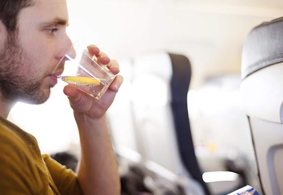 Tips Penerbangan Panjang Agar Perjalanan Trip Liburan Tetap Sehat Rapi
