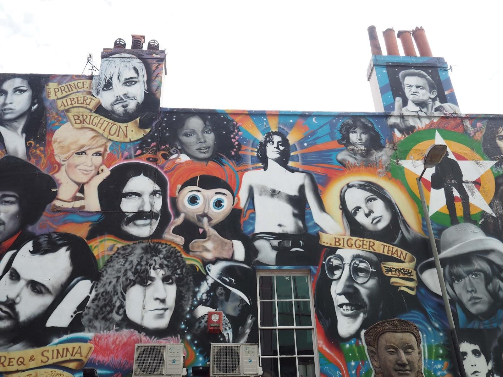 Graffiti Albion pub, Brighton