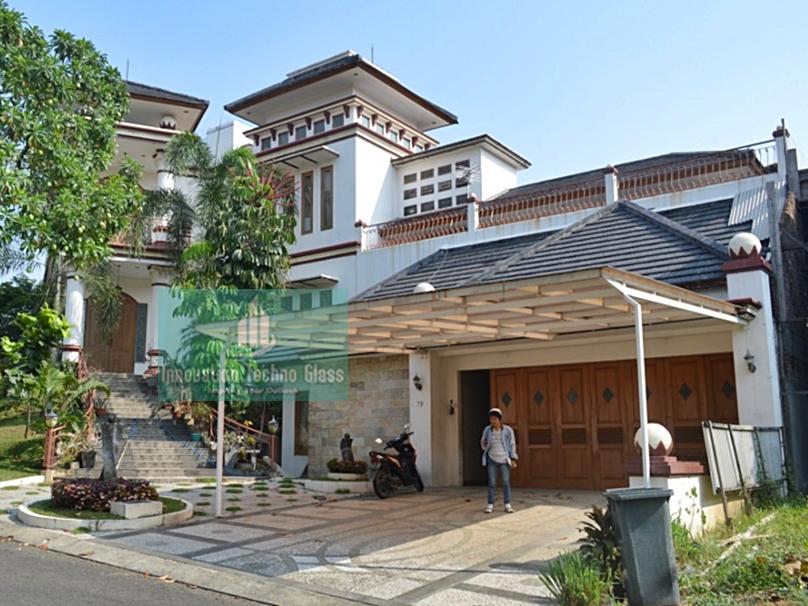 Desain Kanopi Kaca Tempered Dalam Gaya Arsitektur Rumah ...