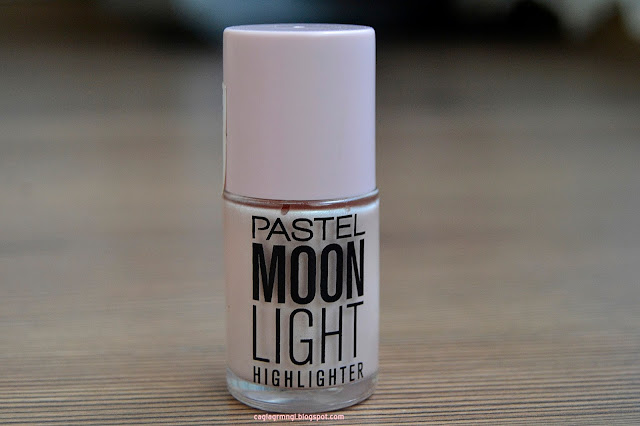 Pastel-moon-light-highlighter