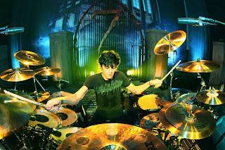 arin ilejay arin ilejay new drummer for avenged sevenfold. Black Bedroom Furniture Sets. Home Design Ideas