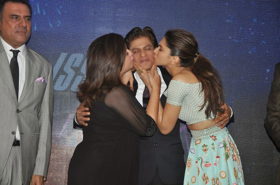 Shahrukh, Deepika & Farah at Sharabi Song Launch from HNY