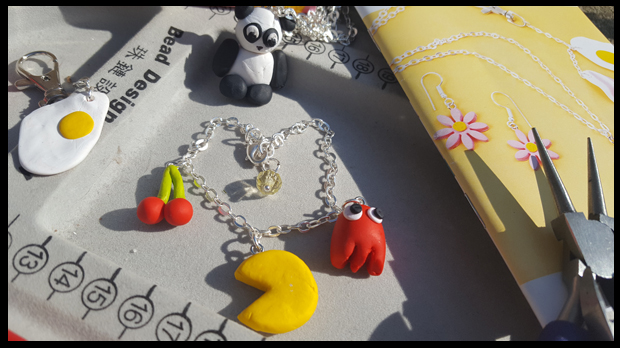 making Fandom jewellery with JewelleryMaker Polymer clay kit