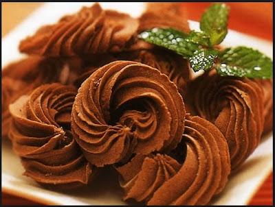 Resep Kue Semprit Coklat Keju Enak Renyah Spesial