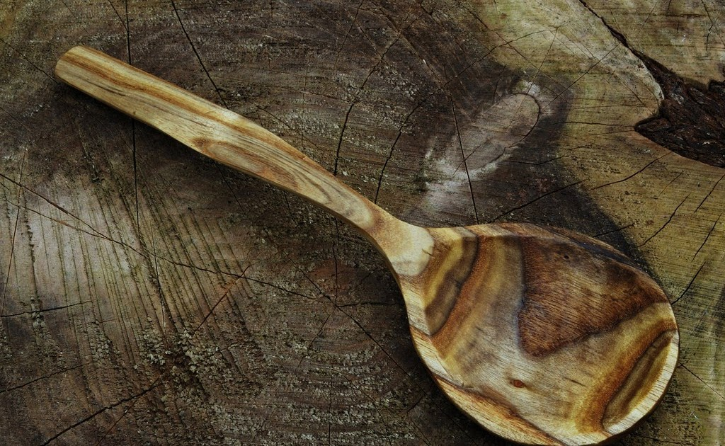 Simon Hill Green Wood Carving: Spoon from Rhus typhina