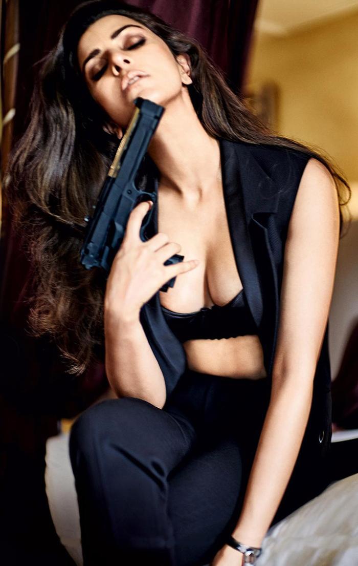 Bollywood heroines sexy pics