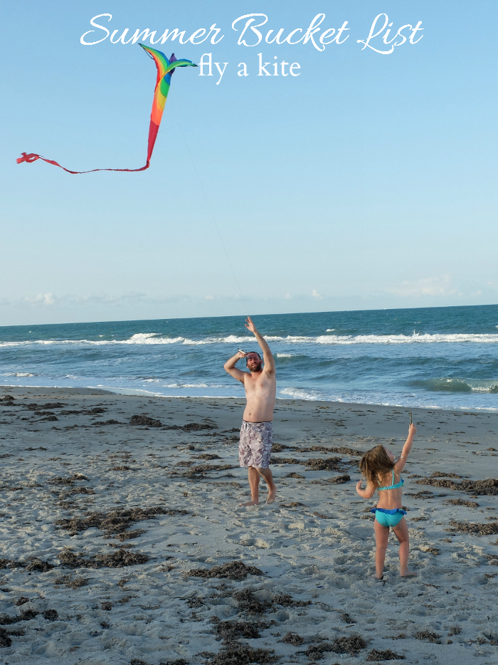 Sweet Turtle Soup - Summer Bucket List | fly a kite