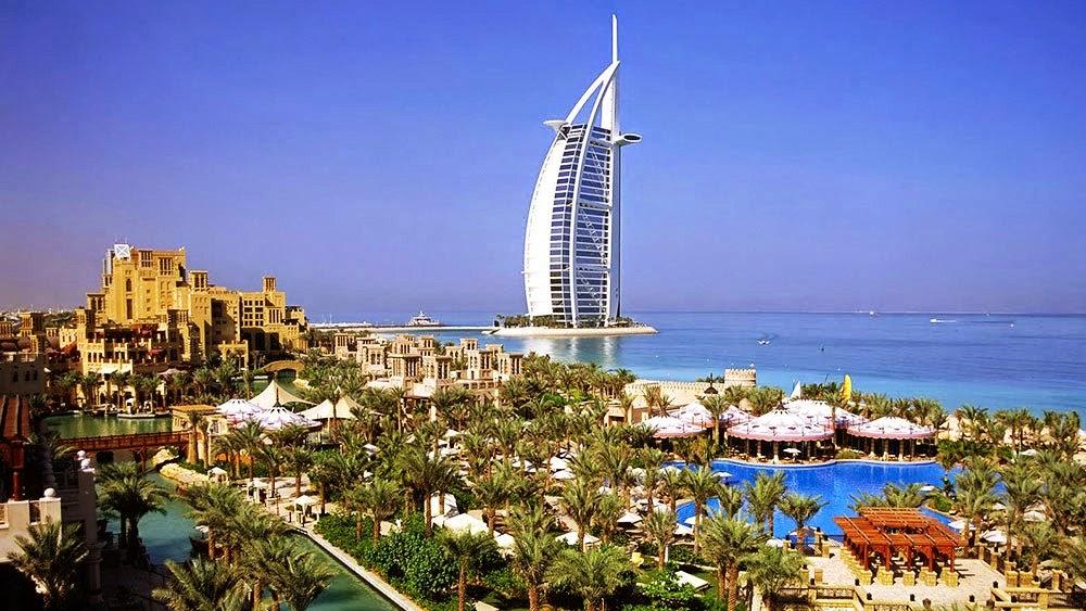 Burj Al Arab - Umroh plus Dubai Baitussalam