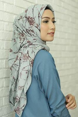 Jangan Terpaku dengan Trend cewek manis berenang jualan hijab online murah
