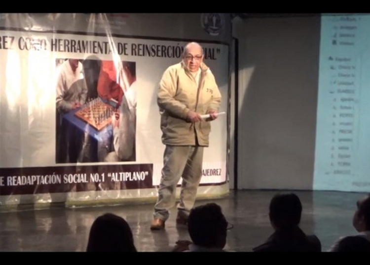 """El discurso de Servando Gómez """"La Tuta"""", en el penal de El Altiplano, dio ordenes a sus Caballeros Templarios?"""