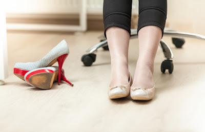 Jangan mengetuk kaki ke lantai jika merasa bosan