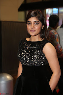 Niveda Thomas Black Sleeveless Cute Dress at 64th Jio Filmfare Awards South 2017 ~  Exclusive 072.JPG