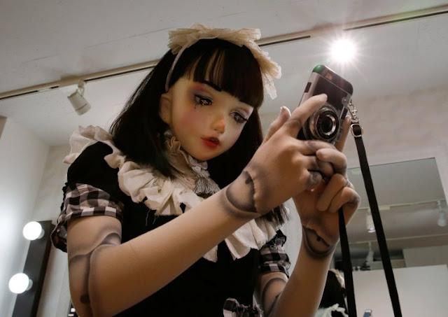 Lulu Hashimoto Manusia Boneka Pertama Dari Jepang
