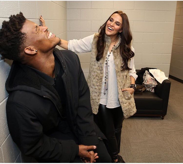 Hoopistani Neha Dhupia Chilled With Jimmy Butler At The Bulls Win Last Night
