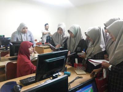 Kunjungan-Industri-SMKT-Al-Huda-Petak-ke-FTI-UNISSULA