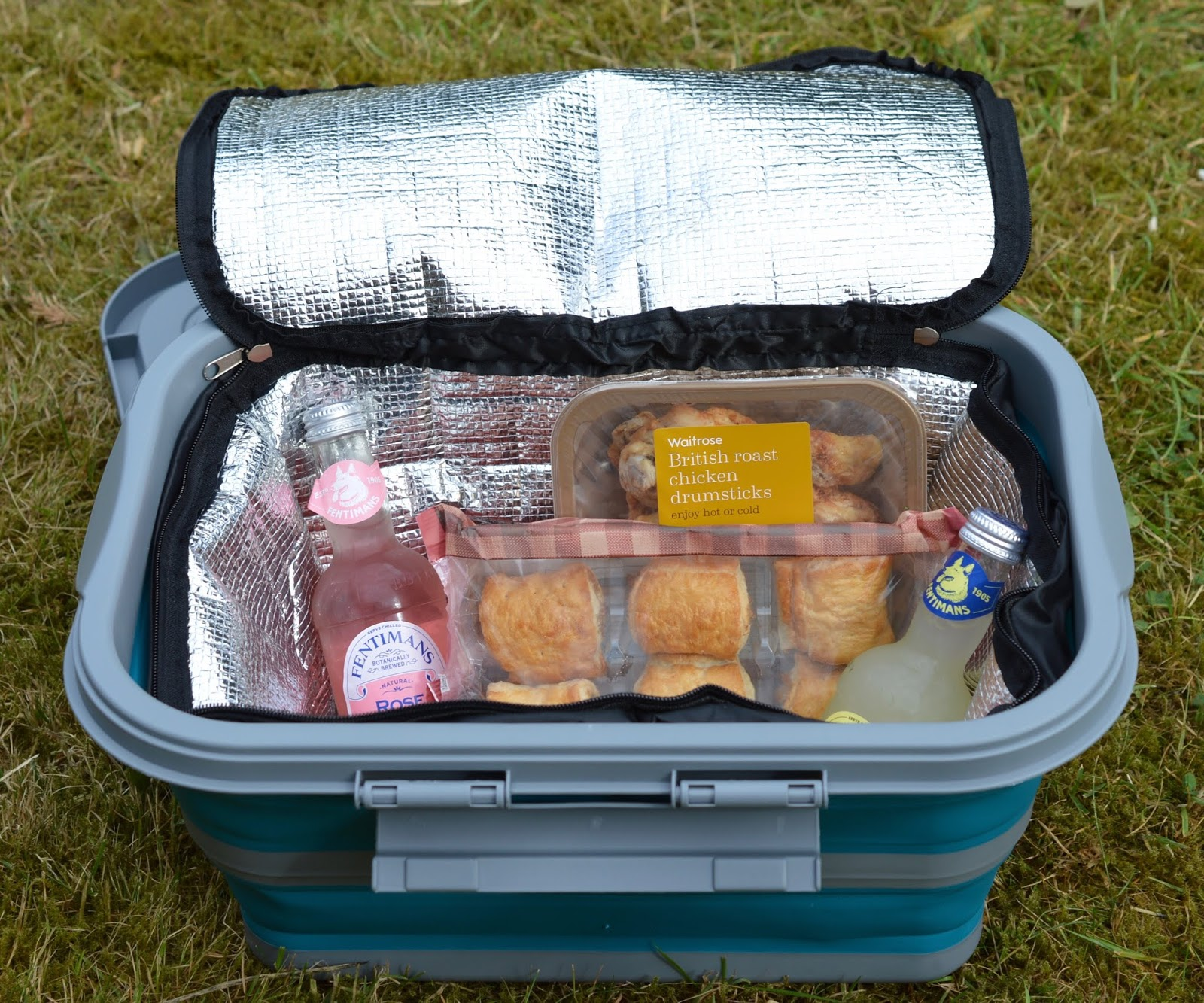 Collapsible picnicware by Summit - Review & Demo #NationalPicnicWeek