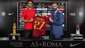 Roma sign midfielder Pastore from PSG