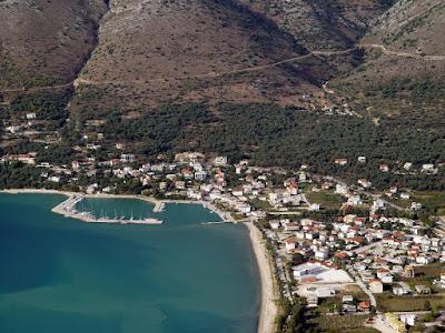 Είχαν διαπράξει ακόμα μία κλοπή σε σταθμευμένο όχημα στην παραλία της Πλαταριάς