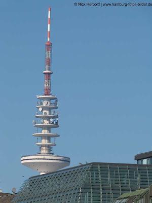 Heinrich Hertz Turm Hamburg, Blick mit Dach