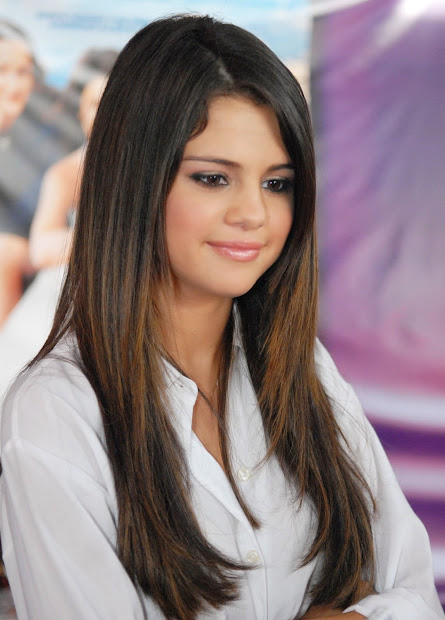Selena Gomez Straight Hair