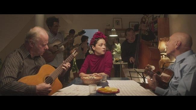 Letra de Danza de gardenias - Natalia Lafourcade y Los Macorinos - Canciones de amor