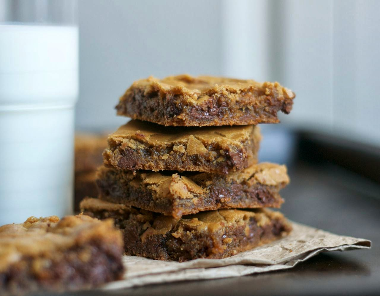These Butterscotch Chocolate Chip Brownies are ooey, gooey! They're made with dark brown sugar and semi-sweet chocolate chips to make a delicious dessert.
