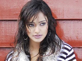 Neha Sharma HD Photos