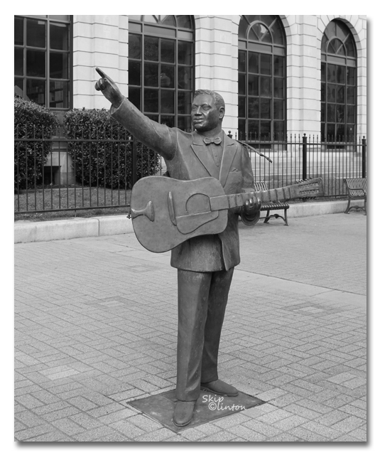 "Huddie ""Lead Belly"" Ledbetter statue in downtown Shreveport LA"