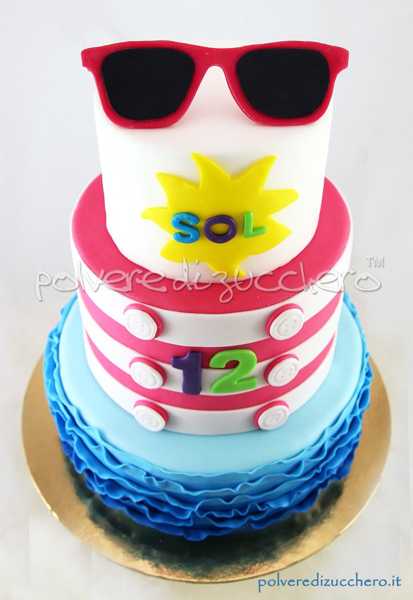 torta decorata cake design pasta di zucchero summer cake torta tema estate sole occhiali onde polvere di zucchero
