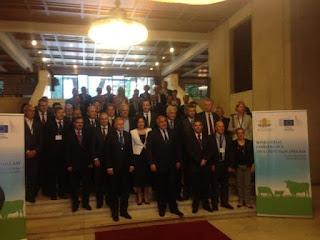 Οζώδης Δερματίτιδα: Δέσμευση του Επιτρόπου Andriukaitis   για κάλυψη κόστους εμβολίων και θανάτωση μόνον   των νοσούντων ζώων