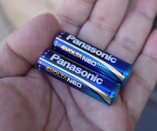 Panasonic EVOLTA NEOのカラー結構好きだったりして