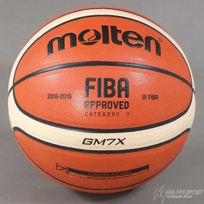 Quả bóng rổ Molten tại Gia Nhi Sport