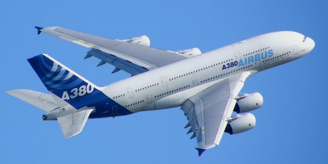 Image Attribute:  The Airbus A380 in its original livery. / Source: Wikimedia Commons/Axel Péju