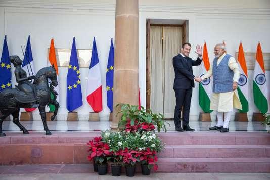 France: 13 milliards d'euros d'accords de coopération en Inde