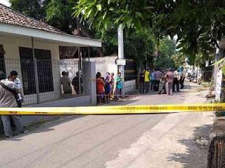 Satu Rumah Kontrakan Rusak Akibat Ledakan Yang Diduga Sebuah Bom