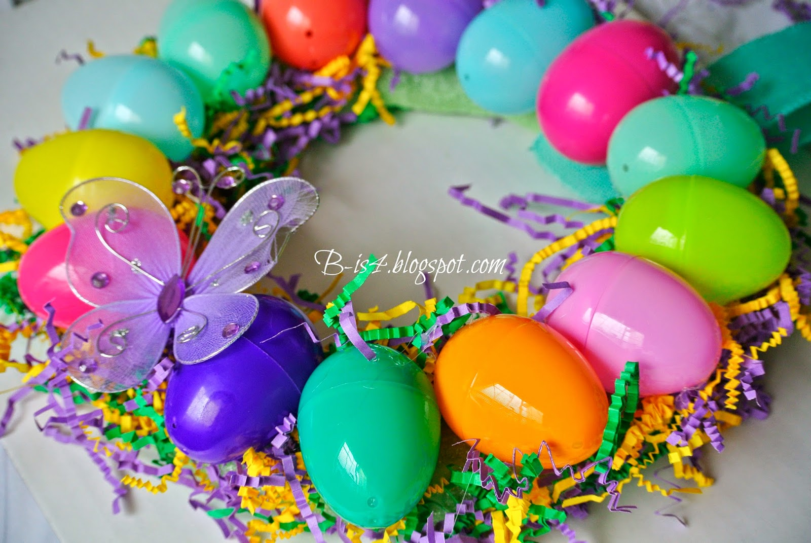 Crafts, Plastic Eggs, Home Decor