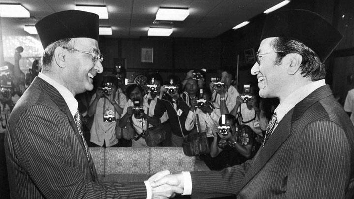 Tun Mahathir - Dua Kali Jadi Perdana Menteri