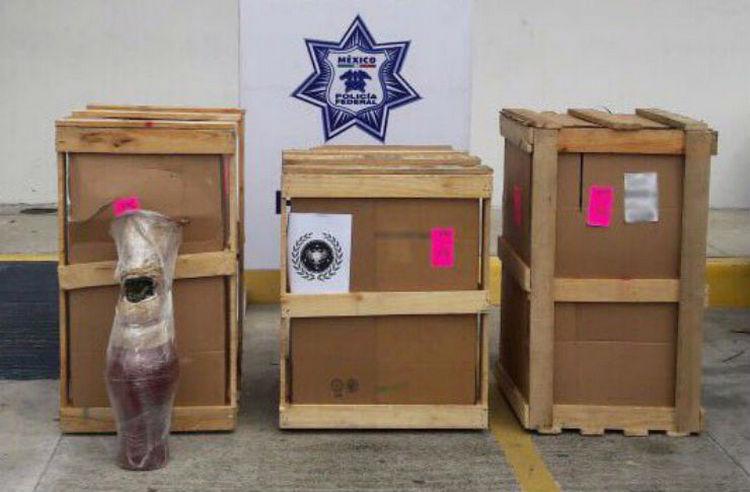 Aseguran en Cancún 170 kilos de mariguana ocultos en jarrones artesanales