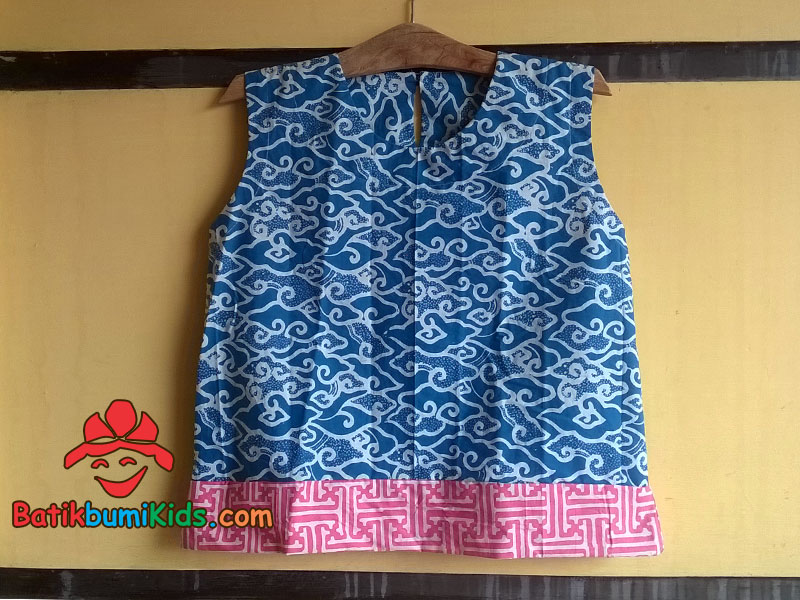 Dress Batik Anak Motif Mega Mendung