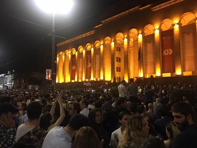 Гражданское общество Грузии in action: в результате акции протеста в отставку подал Генпрокурор Грузии