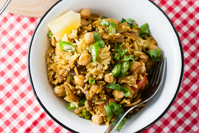 Vegetable biryani with cauliflower and chickpeas
