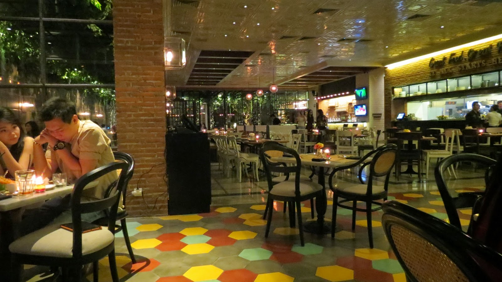 surabaya food stalls restaurant domicile kitchen and lounge. Black Bedroom Furniture Sets. Home Design Ideas