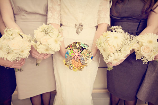 handmade vintage DIY wedding with lots of details on oh lovely day   The Other Sister Photography