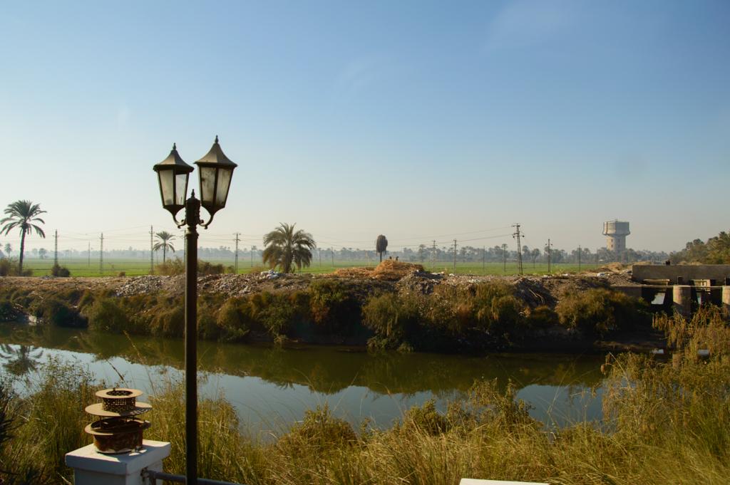 Каналы по дороге в Луксор