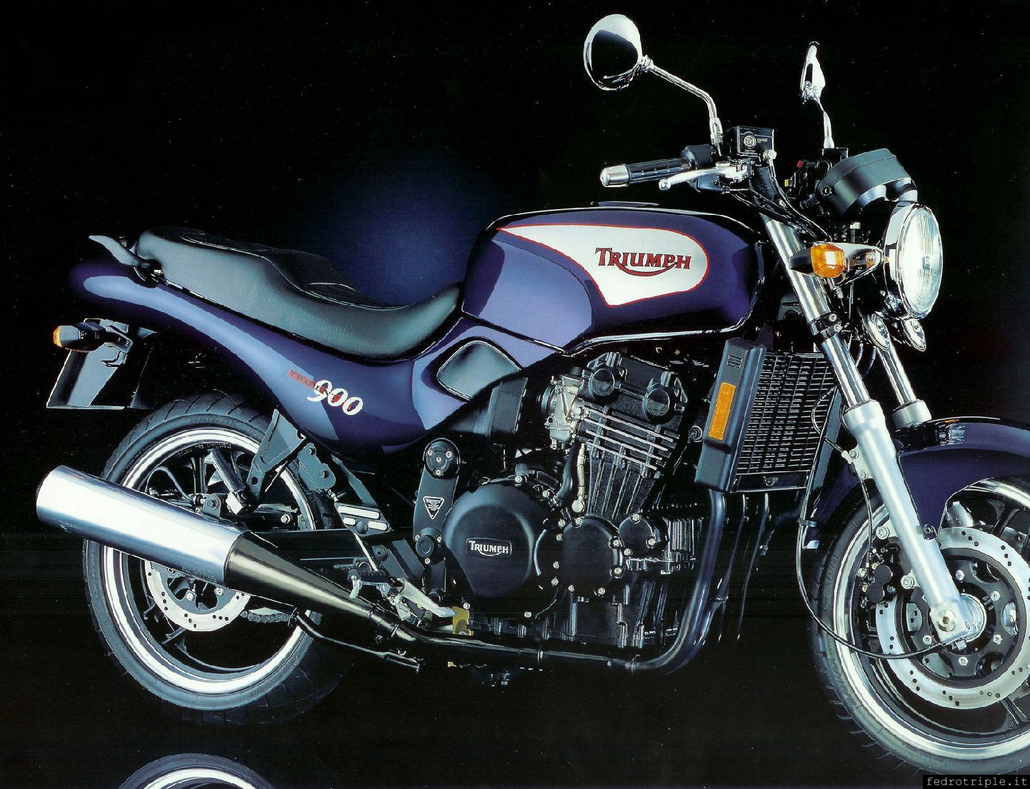 Triumph t300 Service manual. For the T 300 models, Trident, Trophy, Sprint,  Speed Triple, Daytona, Tiger, Thunderbird/Sport, Legend & Adventurer